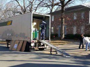 loading-unloading-arkansas-3